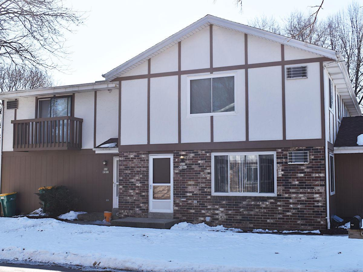 Wow! Cedarburg living at a great price! Spacious townhouse 2BD, 1.5BA condo in a great location! Very low condo fees. Spacious bedrooms. Private basement. Condo's homeowner association maintains a pool and tennis court. Owner occupants only. Must see!