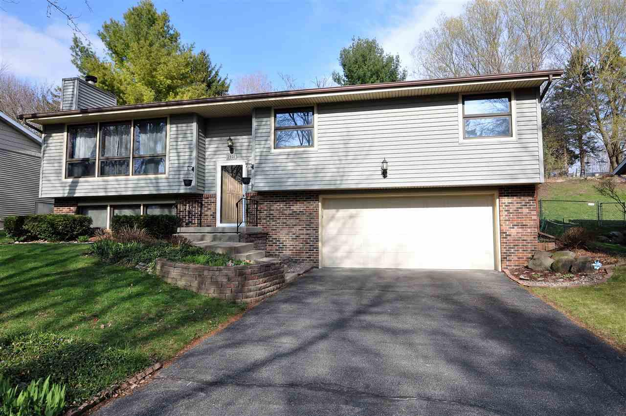 2501 Whitlock Rd ROAD, MADISON, WI 53719
