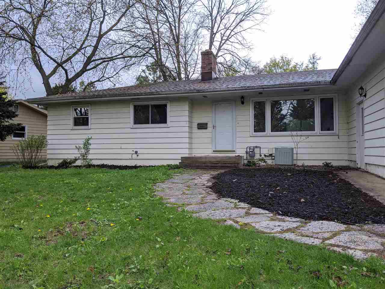 5902 Riva Rd ROAD, MADISON, WI 53711