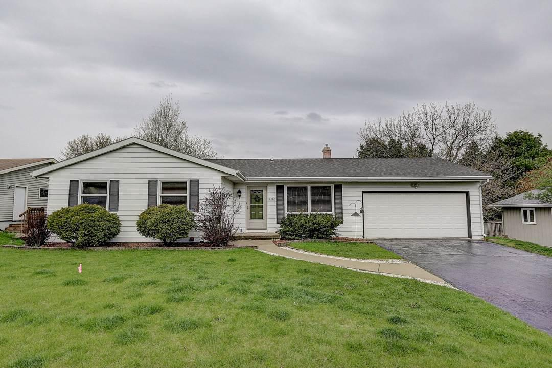 2922 Maple Grove Dr DRIVE, MADISON, WI 53719