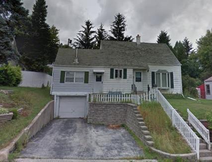 W164N8633 Hiawatha Ave AVENUE, MENOMONEE FALLS, WI 53051