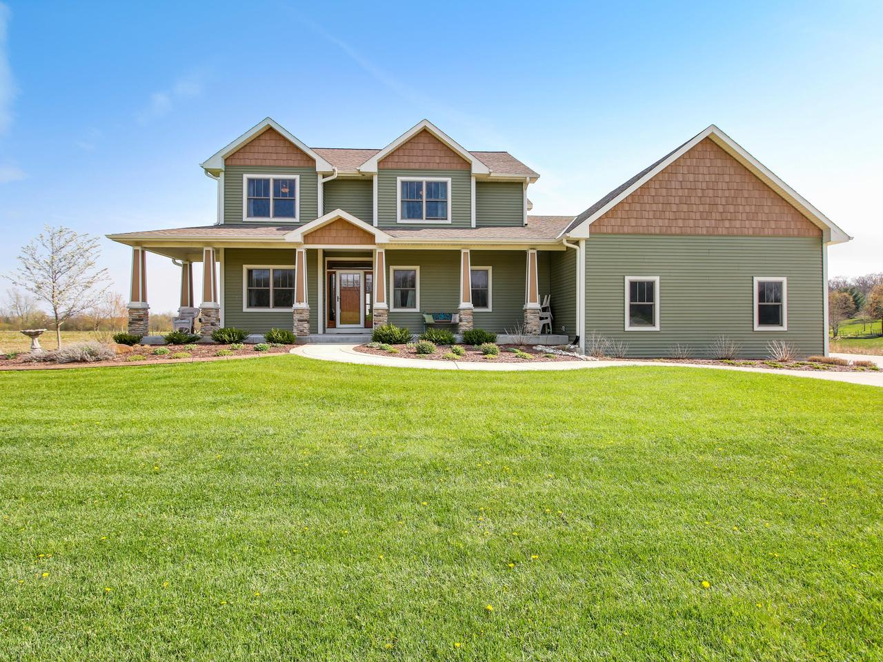 S103W22200 Kelsey Ave AVENUE, VERNON, WI 53103