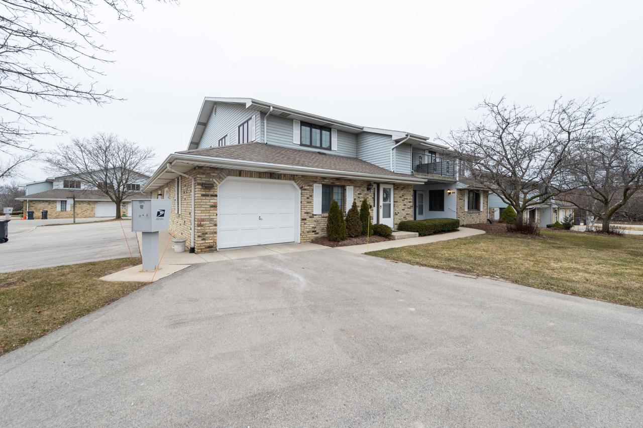 5818 Ring Neck Ter TERRACE 104, MOUNT PLEASANT, WI 53406