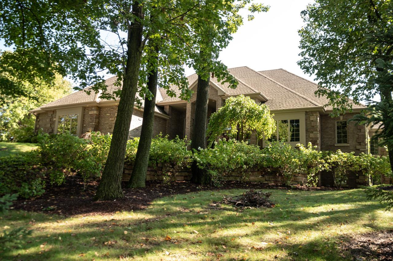 4055 Coopers Hawk Dr DRIVE, RICHFIELD, WI 53033
