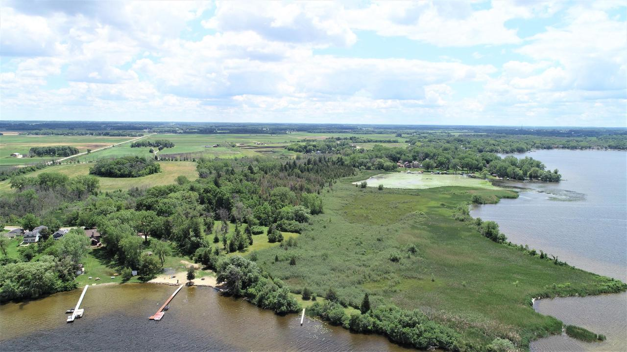 24542 Sandy Point Dr DRIVE, NORWAY, WI 53185
