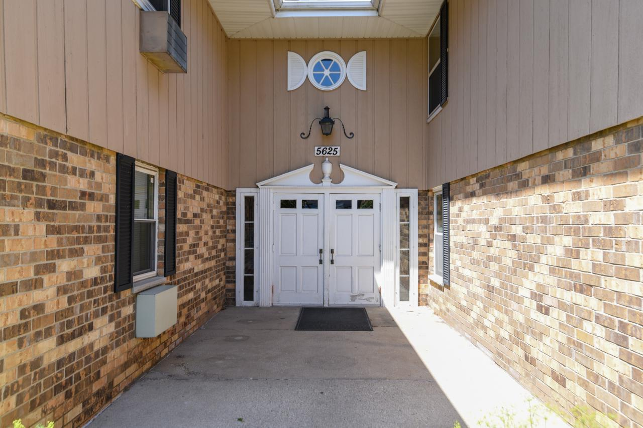 5625 W Brown Deer Rd ROAD 101, BROWN DEER, WI 53223