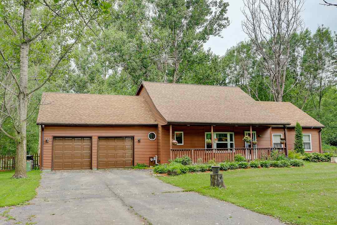 Enjoy peace and quiet in this lovely 3- 4 bedroom home on over 8 acres. Pond, mature trees, partially fenced in back yard. The home boasts a country kitchen, huge living room and family/sun room, first floor master en suite and laundry room. There are 2 bedrooms on the upper level, plus a loft and bonus room. Sellers are offering a home warranty at closing. Call for more information.