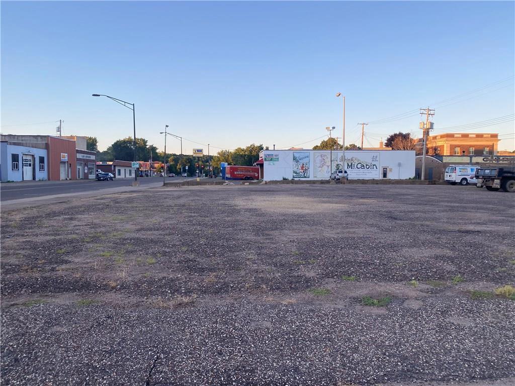 417 Bay Street STREET, CHIPPEWA FALLS, WI 54729