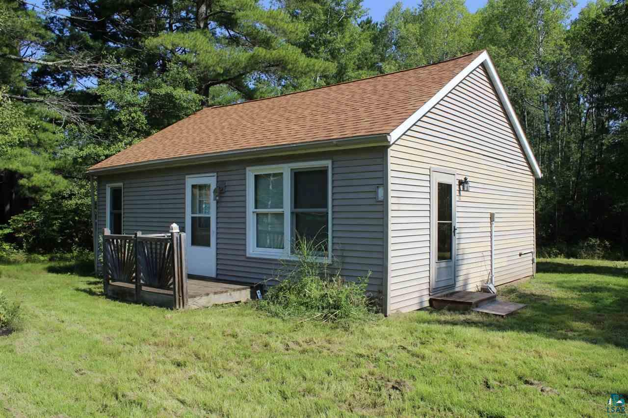 Low Price on this Close Country 2 Bdrm/1 Bath Home that has new flooring throughout with nice updates, a 2 car garage, and sits on over 1 acre. The home needs a new well to be drilled due to the pump seizing up in the existing well inside of the home. Per the Seller, the cost to replace is between $12,000-$15,000 (Kent Well Drilling Verbal Quote). The seller is offering the home at $92,000 with a new well or a significantly discounted price of $72,000 as-is with the new owner taking responsibility for a new well being drilled into the property. The home is on city sewer. This is a great investment opportunity, or a cheap home for the right buyer!
