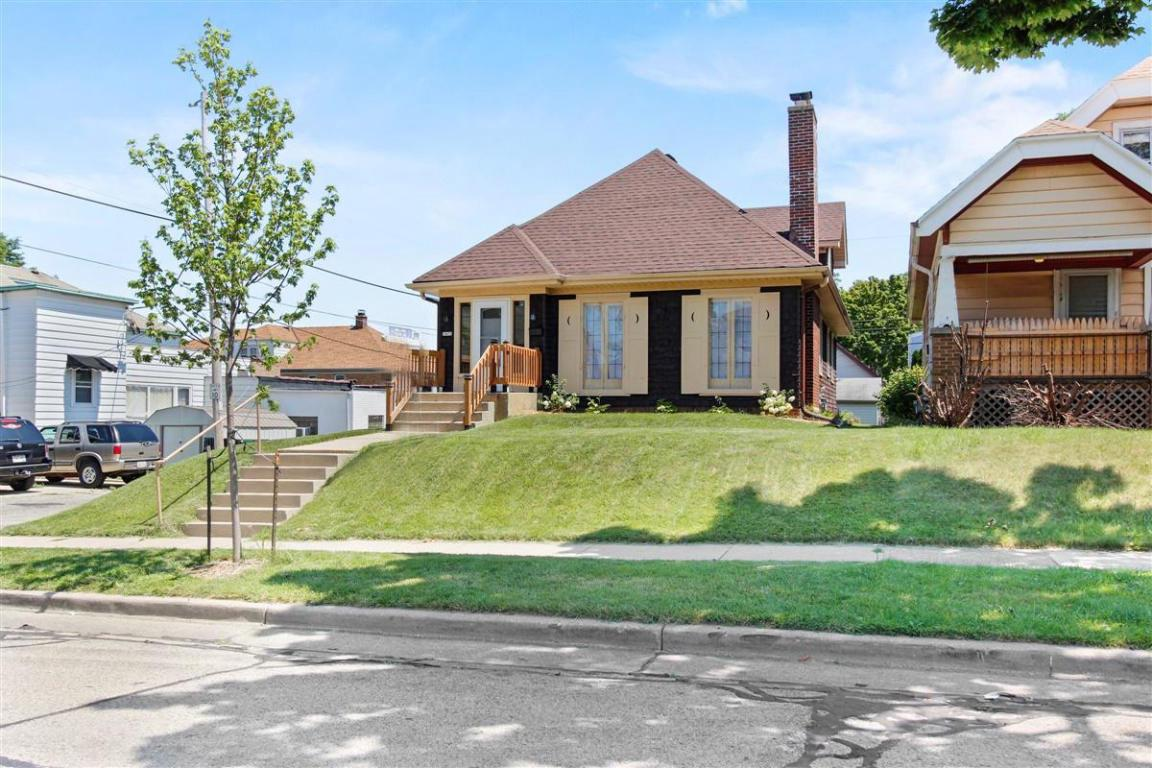 1420 S 54th St STREET, WEST MILWAUKEE, WI 53214