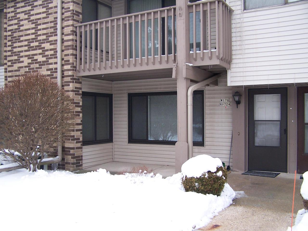 Great Condominium in Riversbend. First floor unit with private patio, garage, assigned parking space and private storage room.  Riversbend has 2 outdoor heated pools, tennis courts, pickle ball court, walking paths and much more. Beautiful clubhouse with full kitchen, bar, library and seat for 100 people for your family get togethers. NO PETS ALLOWED.