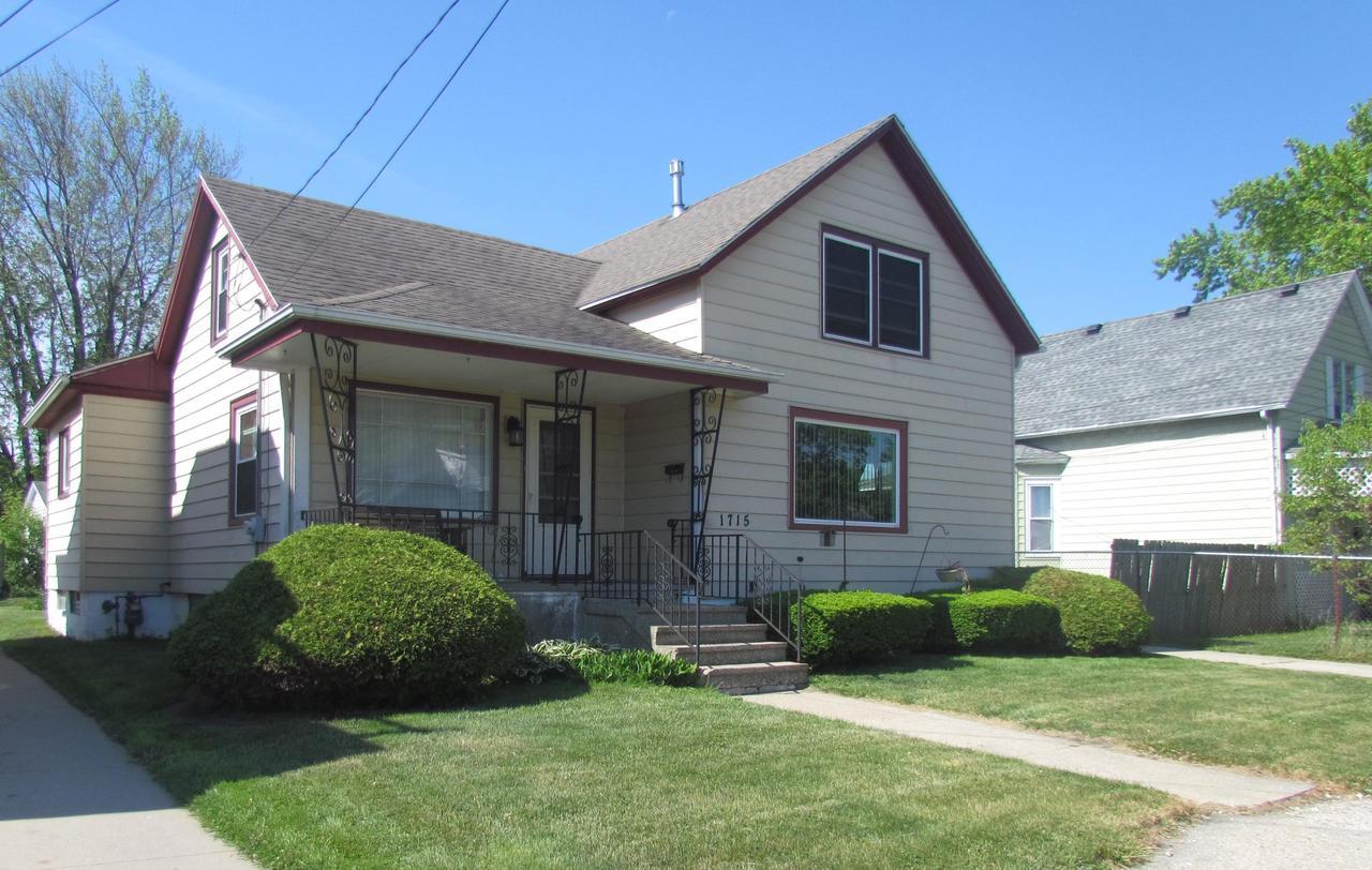 1715 45th St STREET, KENOSHA, WI 53140