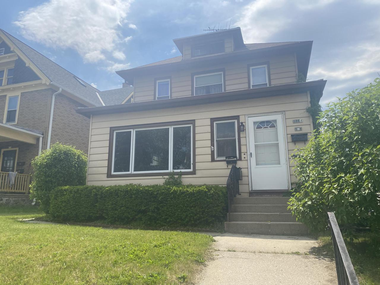 108 S 7th Ave AVENUE 108A, WEST BEND, WI 53095